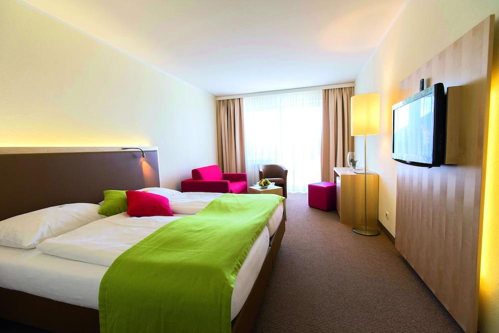 모멘텀 호텔(Momentum Hotel) Hotel Image 11 - Guestroom