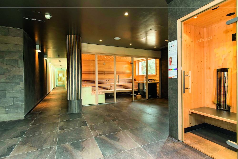 모멘텀 호텔(Momentum Hotel) Hotel Image 33 - Sauna