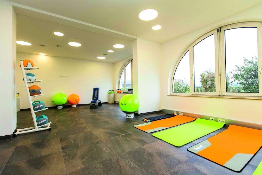 모멘텀 호텔(Momentum Hotel) Hotel Image 29 - Fitness Facility