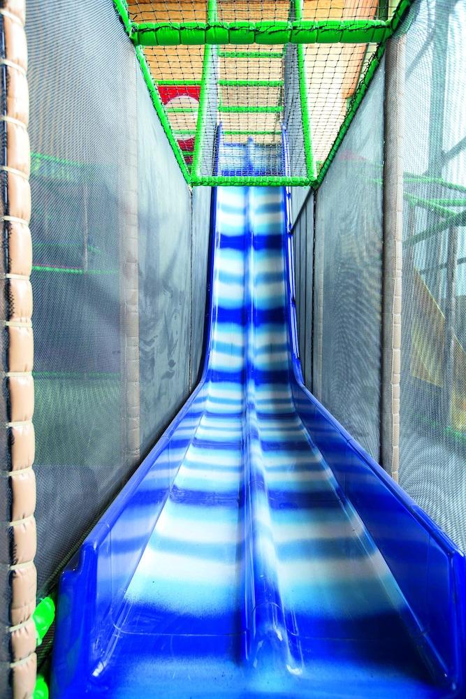 모멘텀 호텔(Momentum Hotel) Hotel Image 44 - Childrens Play Area - Indoor
