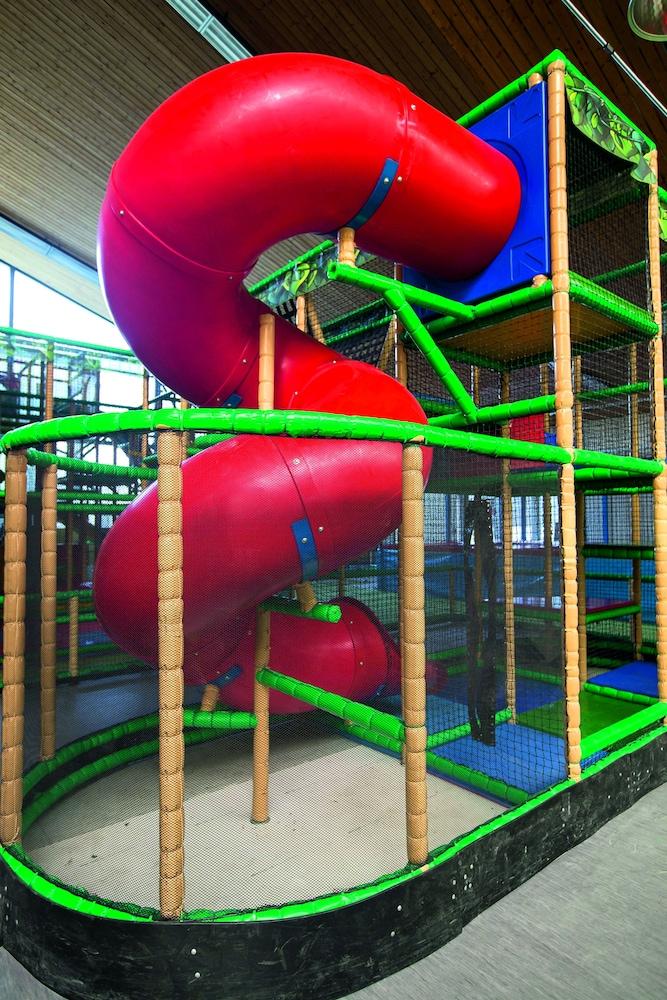 모멘텀 호텔(Momentum Hotel) Hotel Image 43 - Childrens Play Area - Indoor