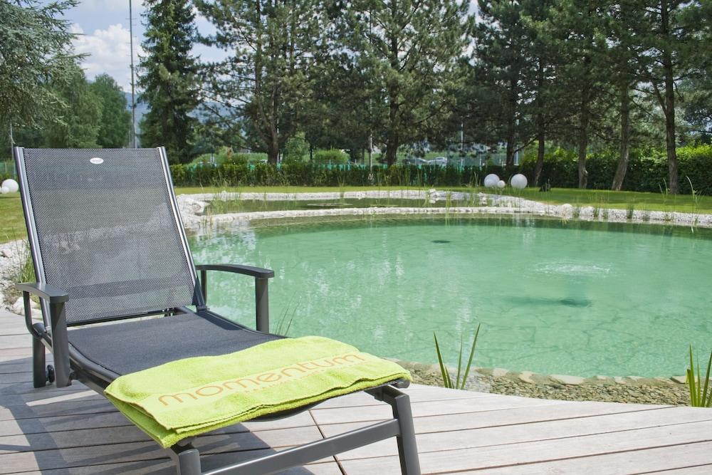 모멘텀 호텔(Momentum Hotel) Hotel Image 62 - Terrace/Patio