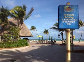 Hotel - The St. Maurice Beach Inn