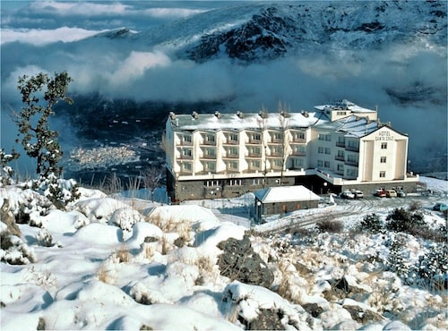 . Hotel Santa Cruz