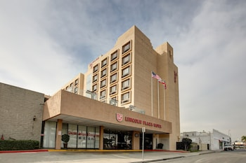 Hotel - Lincoln Hotel