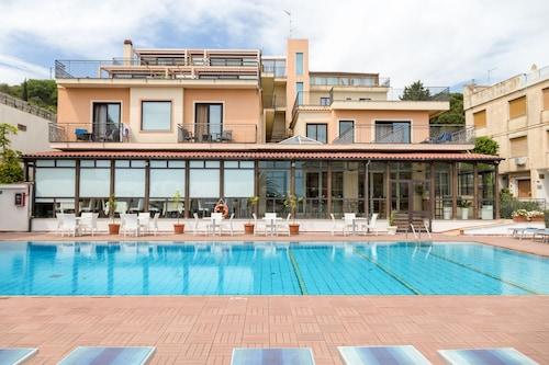 . Hotel Villa Esperia