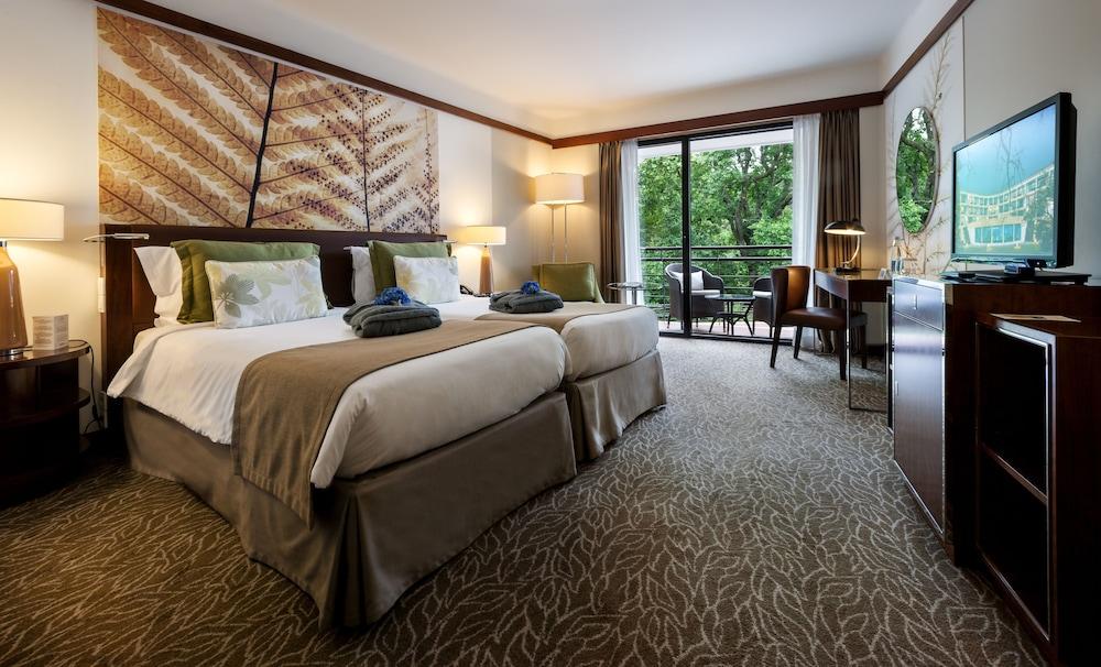 https://i.travelapi.com/hotels/2000000/1150000/1145100/1145025/04019c2a_z.jpg