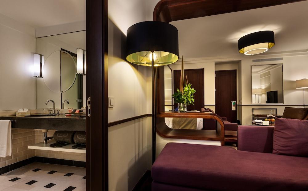 https://i.travelapi.com/hotels/2000000/1150000/1145100/1145025/0fedc674_z.jpg