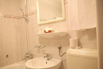 Hotel I - Bathroom  - #0