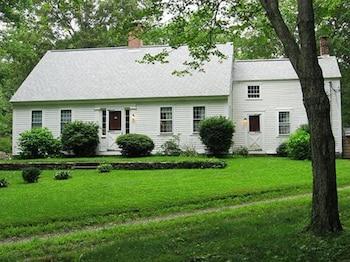 Gilbert's Tree Farm B&B