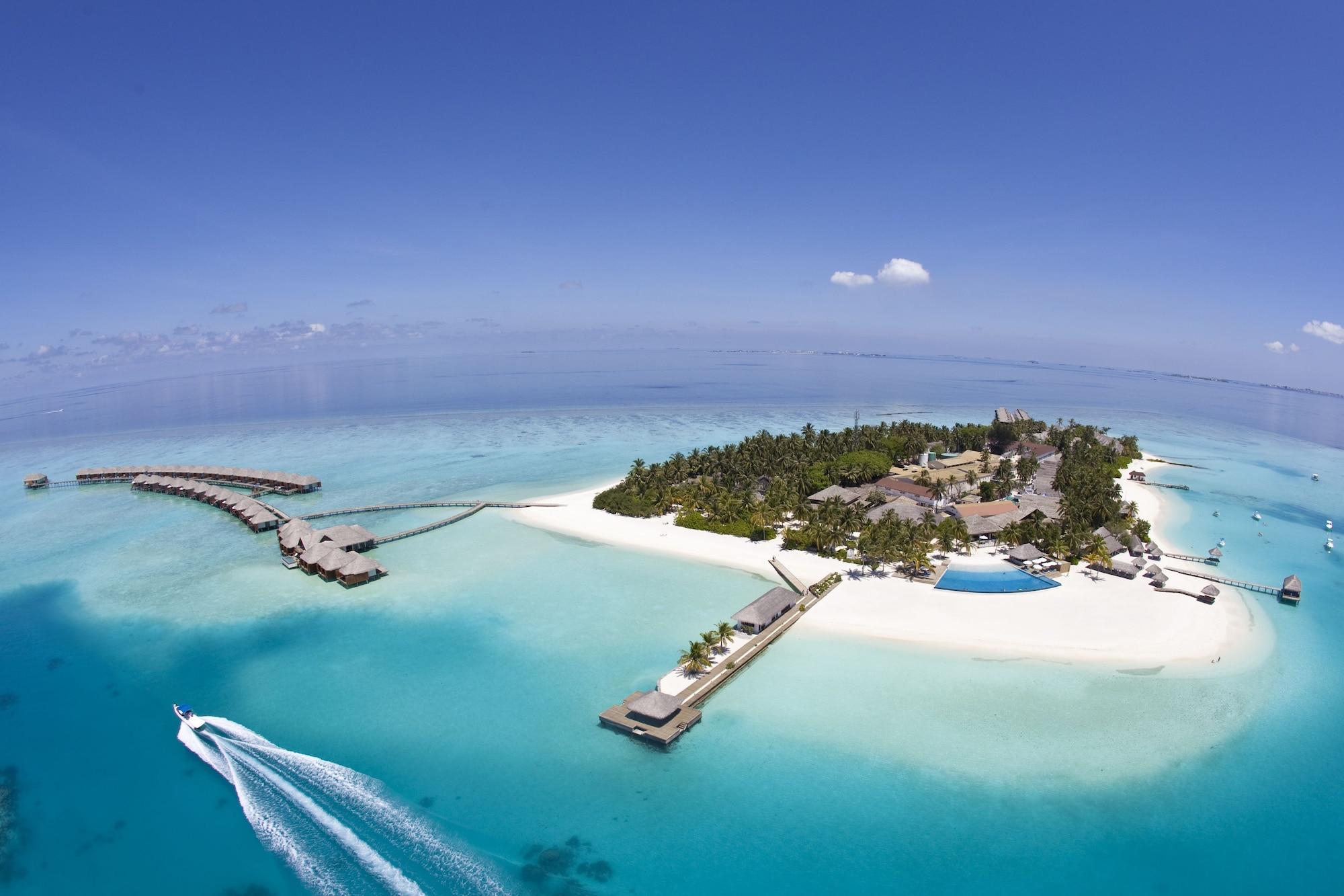 Velassaru Maldives, Malé
