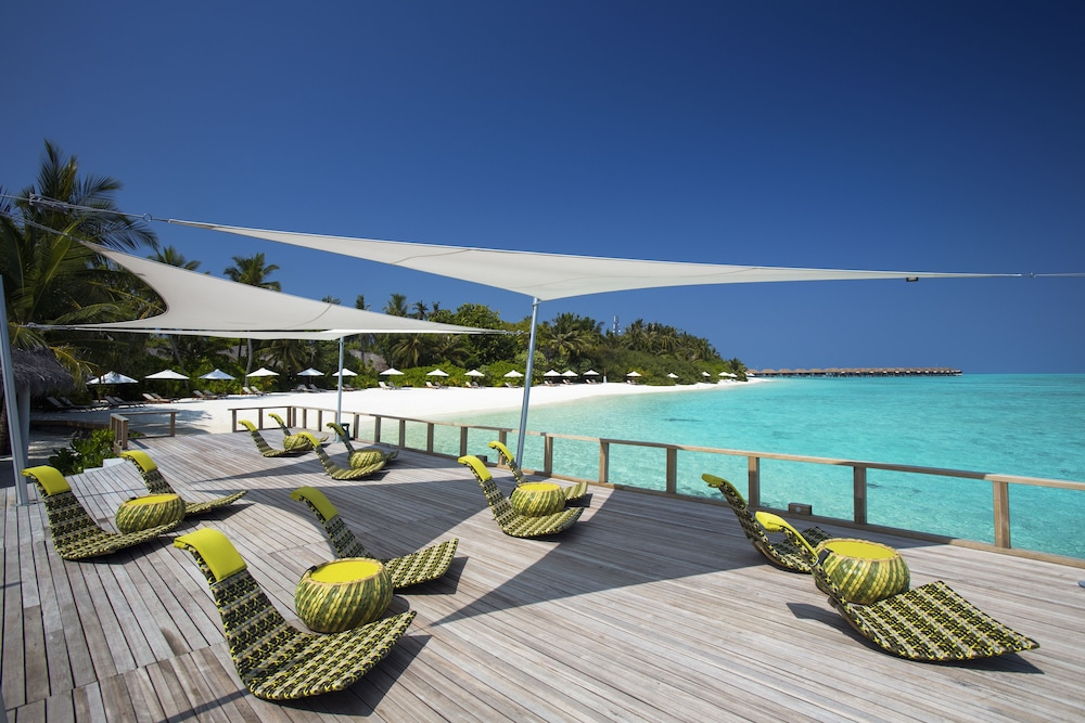 벨라사루 몰디브(Velassaru Maldives) Hotel Image 87 - Sundeck