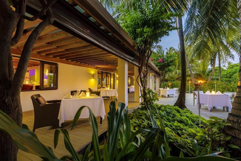 벨라사루 몰디브(Velassaru Maldives) Hotel Image 63 - Restaurant