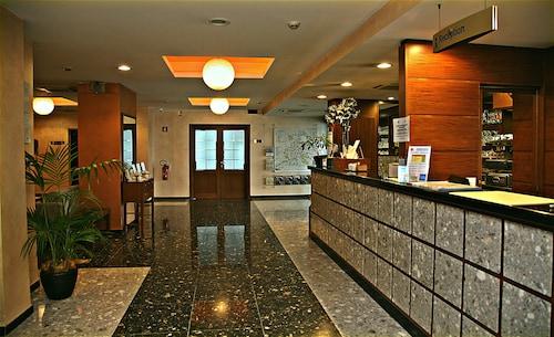 . Hotel Meeting
