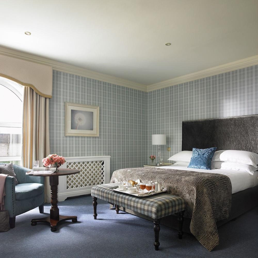 https://i.travelapi.com/hotels/2000000/1150000/1146500/1146412/8164be08_z.jpg
