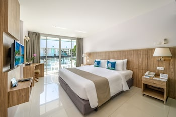 Superior Room, City View (ABSC Building)