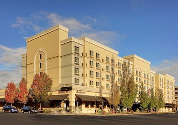 The Grand Hotel - Salem