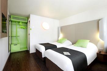 Üç Kişilik Oda (1 Double And 1 Single Bed)