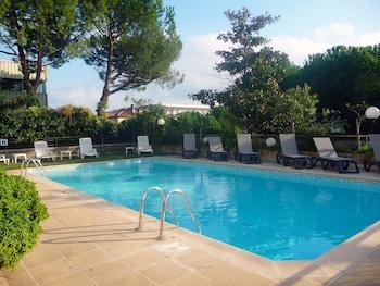 Hotel - Hotel Campanile Antibes - Juan Les Pins
