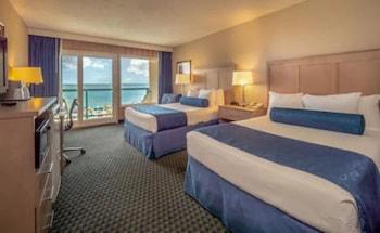 Room, 2 Double Beds, Oceanfront, Balcony