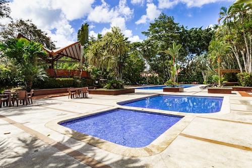 . Tilajari Hotel Resort