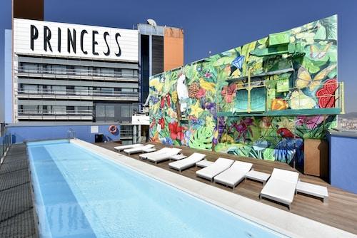 Barcelona - Hotel Barcelona Princess - z Warszawy, 22 kwietnia 2021, 3 noce