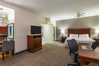 Studio, 1 Queen Bed, Accessible, Bathtub (Mobility & Hearing)