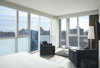 Mobile High Floor with Balcony