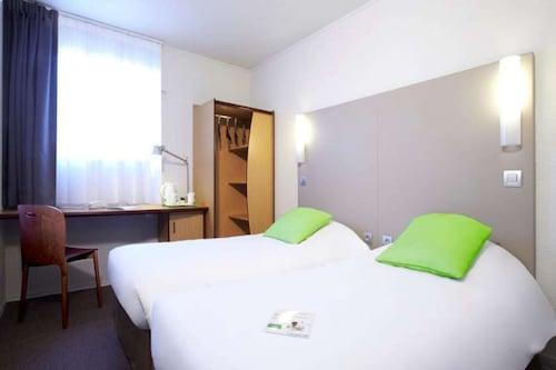 . Hotel Campanile Lyon Nord - Dardilly