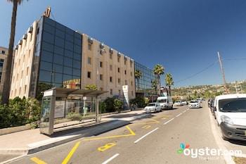 Kyriad Nice Stade