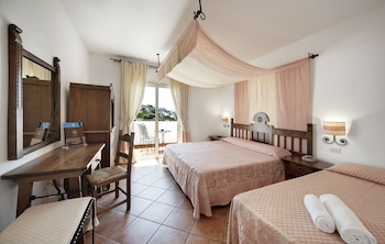 Superior Double or Twin Room, Balcony, Partial Sea View