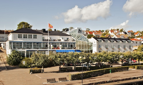 . Hotel Åsgårdstrand