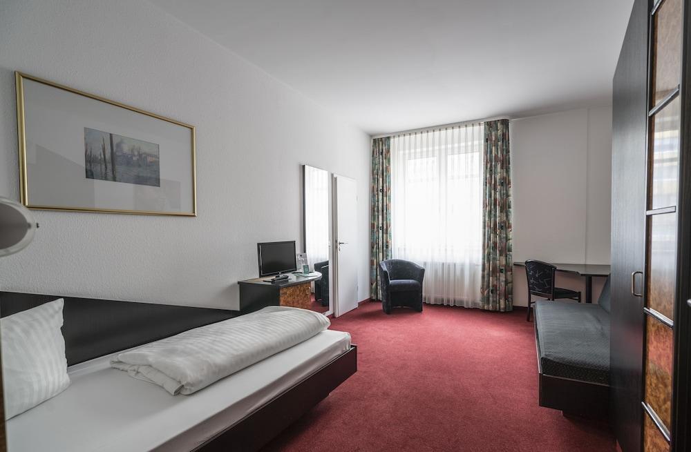 Hotel Vier Jahreszeiten, Leipzig