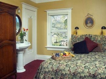 Standard Double Room, Ensuite (Snug)