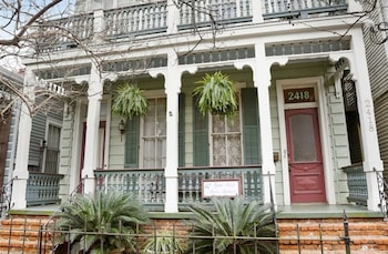 Hotel - Garden District B&B