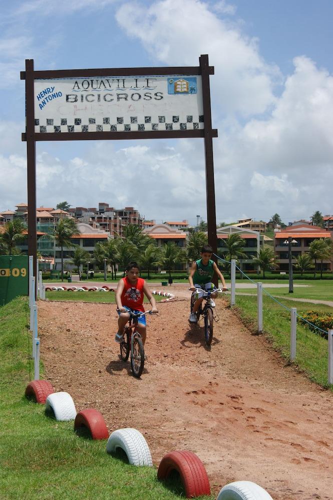 아쿠아빌 리조트(Aquaville Resort) Hotel Image 33 - Bicycling