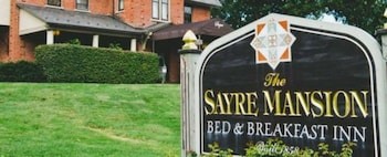 Hotel - The Sayre Mansion Inn