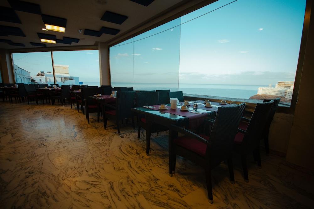 세르바투 푸에르도 아술 - 올 인클루시브(Servatur Puerto Azul - All Inclusive) Hotel Image 61 - Restaurant