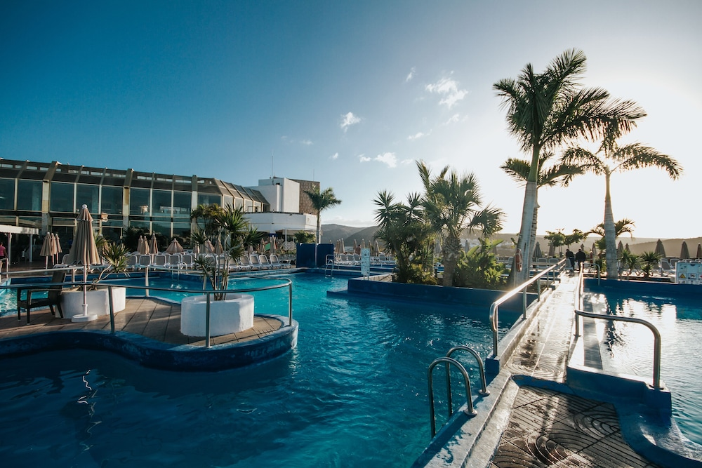 세르바투 푸에르도 아술 - 올 인클루시브(Servatur Puerto Azul - All Inclusive) Hotel Image 28 - Outdoor Pool