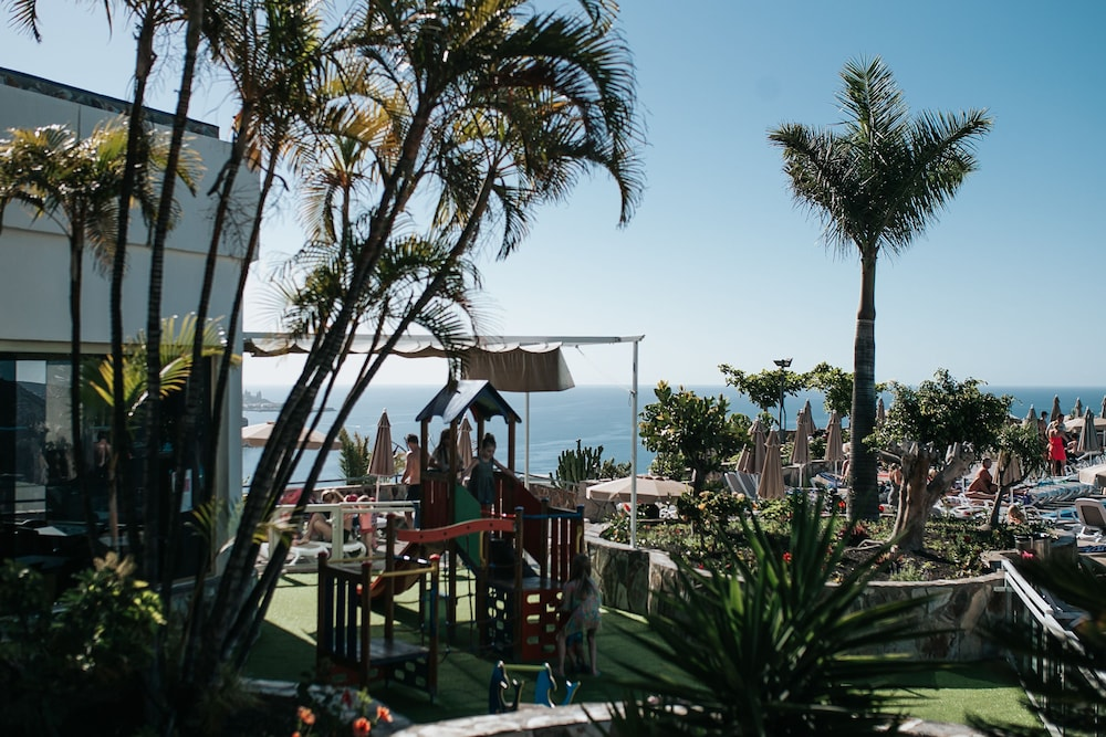 세르바투 푸에르도 아술 - 올 인클루시브(Servatur Puerto Azul - All Inclusive) Hotel Image 111 - Terrace/Patio