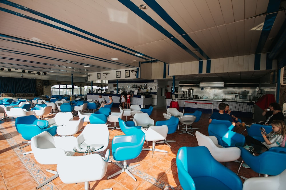세르바투 푸에르도 아술 - 올 인클루시브(Servatur Puerto Azul - All Inclusive) Hotel Image 106 - Poolside Bar