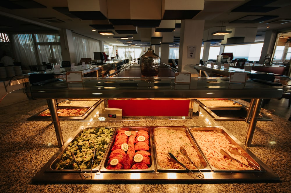 세르바투 푸에르도 아술 - 올 인클루시브(Servatur Puerto Azul - All Inclusive) Hotel Image 76 - Buffet