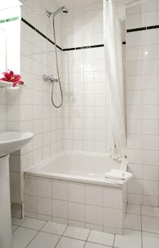 Aparthotel Adagio access La Défense Place Charras - Bathroom  - #0