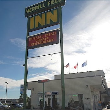 Hotel - Merrill Field Inn