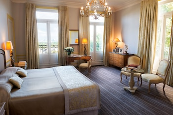 Deluxe Double or Twin Room (Paris View)