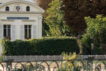 Hotel - Pavillon Henri IV