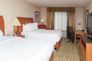 Room, 2 Queen Beds, Non Smoking (Drinks-Snacks)