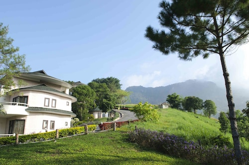 . Imperial Phukaew Hill Resort