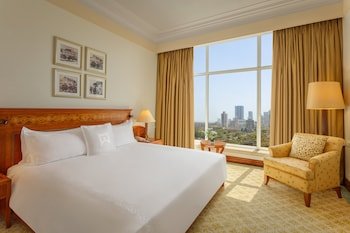 Signature Suite, 1 King Bed, Non Smoking