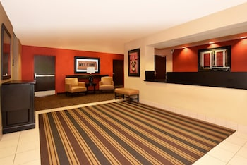 Lobby at Extended Stay America Baltimore - Glen Burnie in Glen Burnie